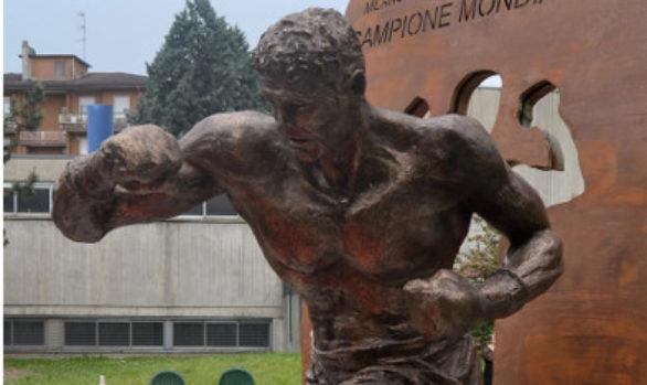 Giovanni Parisi - monumento ad un campione