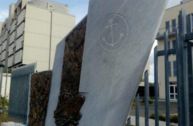 monumento alla guardia costiera di Antonio De Paoli