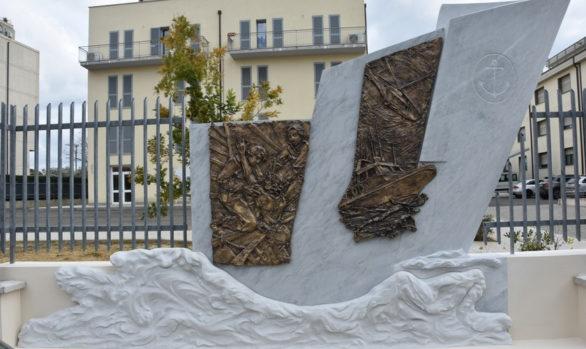 Energia Emergente - monumento dedicato alla Guardia Costiera di Livorno